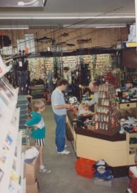 Einblick in den alten Angelladen von Uli Beyer