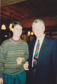 Uli Beyer bei Lutz Kunze, dem damaligen Chef der DAM, 1990